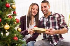 Den lyckliga julen kopplar ihop Arkivfoto