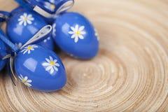 Påskbegrepp - easter kort med ägg Fotografering för Bildbyråer