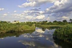 Den Lynhhaven öppningen är en tidvattens- bred flodmynning som lokaliseras i staden av Virginia Beach, Virgi Royaltyfria Foton