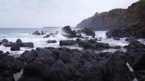 Den lynniga stormen vinkar drömlik Seascape för havet lager videofilmer