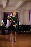 Den lyxiga rika kvinnan gillar Marilyn Monroe Arkivbild