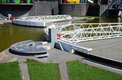 Den Maeslant barriären i miniatyr från Holland Royaltyfria Foton
