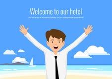 Den manliga chefen av hotellet välkomnar dess gäster Arkivfoton