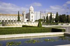 Den Manueline för kloster för jerónimos stilen Lissabon Portugal skyddas av UNESCO en monument av arkitektur av det maritima mus Fotografering för Bildbyråer