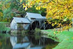 den marby hösten mal Arkivbild