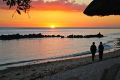 den mauritius semesterorten sands solnedgång Fotografering för Bildbyråer