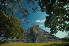 Den mayan Chichen itzaen fördärvar Royaltyfri Fotografi