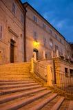 Den medeltida byn av Falerone i Italien Fotografering för Bildbyråer