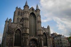 Den medeltida gotiska domkyrkan i Ghent fotografering för bildbyråer