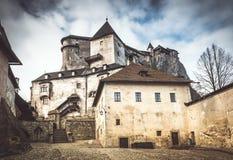 Den medeltida Orava slotten, Slovakien royaltyfri bild