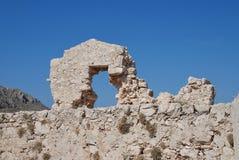 Den medeltida slotten fördärvar, den Halki ön Arkivbilder