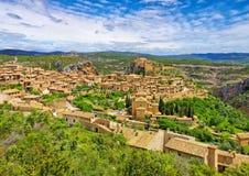 Den medeltida staden av Alquezar, Spanien royaltyfri fotografi
