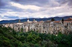 Den medeltida staden av Sant ` Agata de ` Goti, Italien Arkivbild