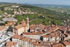 Den medeltida staden av Sinalunga Arkivfoton