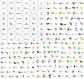 Den mega samlingen av geometriska abstrakta logomallar, symboler för affär för origamipappersstil med prövkopian smsar vektor Arkivbild