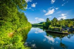 Den Merrimack floden, i Hooksett, New Hampshire Fotografering för Bildbyråer