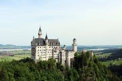 Den mest berömda bayerska slotten Neuschwanstein royaltyfri foto