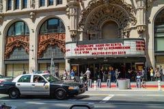 Den miljon dollarteatern, Broadway, i stadens centrum Los Angeles Teatern är en av de första filmslottarna som byggs i den eniga  royaltyfria foton