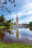 Den minnes- statyn för berömd tsunami som lokaliseras i den Peraliya byn, bredvid Hikkaduwa, Sri Lanka royaltyfria foton
