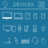 Den moderiktiga PC:N, datoren, mobila grejer och apparaten fodrar symboler, mono vektorsymboler och beståndsdelar av teknologier  Royaltyfri Bild