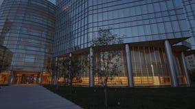 Den moderna arkitekturen av Devon Energy byggnader i oklahoma city - USA 2017 stock video