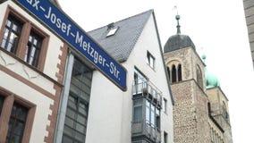 Den moderna gatan undertecknar in Tyskland arkivfilmer
