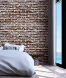 Den moderna minsta sovruminredesignen och väggen för röd tegelsten mönstrar bakgrunds- och havssikt Royaltyfri Foto
