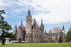 Den Moszna slotten är en historisk slott Fotografering för Bildbyråer