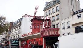 Den Moulin rougen Royaltyfri Bild