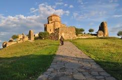 Den Mtskheta kyrkan av helgedomkorset i Georgia Arkivbild