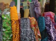 Den muslimska textilen shoppar royaltyfri fotografi