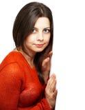 Den nätt kvinnan med rött överträffar Royaltyfria Foton
