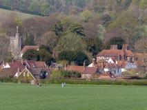 Den n?tta Buckinghamshire byn av lilla Missenden i de Chiltern kullarna royaltyfria bilder
