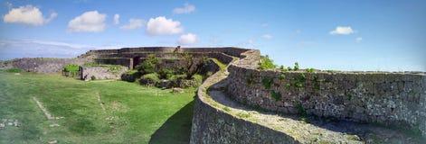 Den Nakagusuku slotten fördärvar Royaltyfri Bild