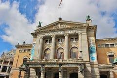 Den nationella teatern av Oslo, huvudstad av Norge, Europa Royaltyfri Fotografi