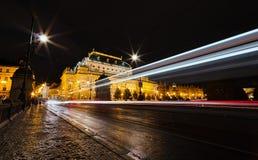 Den nationella teatern på natten fotografering för bildbyråer