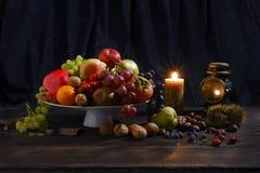 Den Natura mortaen lurar candele Royaltyfri Bild