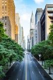 den 42nd gatan, Manhattan beskådade från Tudor City royaltyfri fotografi