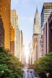 den 42nd gatan, Manhattan beskådade från Tudor City royaltyfri bild