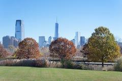 Den New York City horisonten från Liberty State Park Royaltyfria Bilder