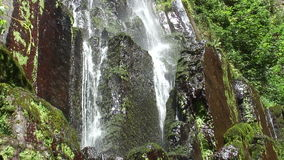 Den Nideck vattenfallet lager videofilmer