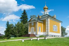 Den Nikolsky templet Arkivfoto