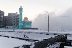 Den nordligast moskén i Norilsk, rysk federation Arkivbild