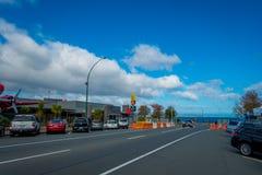 DEN NORR ÖN, NYA SJÄLLAND MAY 18, 2017: Taupo är en stad på kusten av sjön Taupo i mitten av den norr ön av Royaltyfria Foton