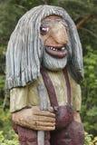 Den norrman sned träframsidadetaljen fiska med drag i Skandinavisk folklore Royaltyfria Bilder