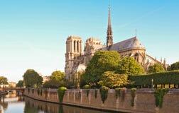 Den Notre Dame domkyrkan, Paris, Frankrike Arkivbilder