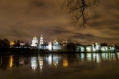Den Novodevichy kloster i Moskva Royaltyfria Bilder