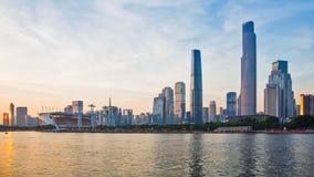 Den nya CBDEN av Guangzhou på solnedgången Arkivbilder