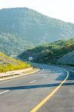 Den nya huvudvägen från huvudstaden till havet i Montenegro Fotografering för Bildbyråer