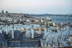 Den nya moskén är Istanbul royaltyfria bilder